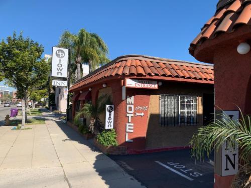 Uptown Inn - Long Beach, CA CA 90807