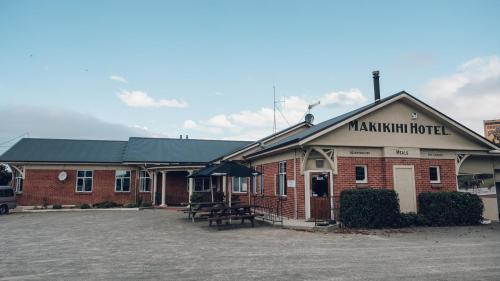 Makikihi Country Hotel - Waimate