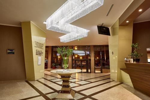 Central Plaza Hotel - Piatra Neamţ