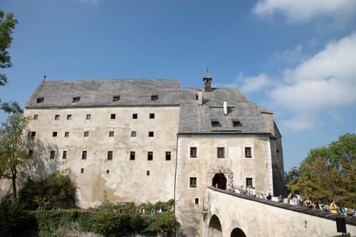 Burg Altpernstein, Pension in Micheldorf in Oberösterreich