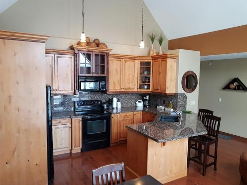 PRC Annex - Pet Friendly - Hotel - Canmore