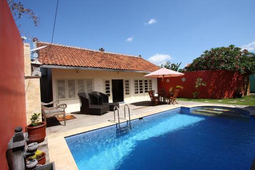 Premiere Central Private Pool Villa (Couple - 2 persons), Yogyakarta