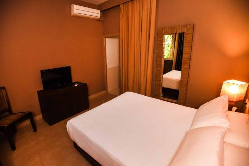Single Room Chillout Hotel Tres Mares 3