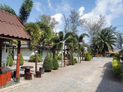 Lung Pod Kao resort - ลุงป๊อดเก้ารีสอร์ท Lung Pod Kao resort - ลุงป๊อดเก้ารีสอร์ท