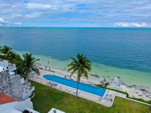 Luxury Oceanfront Cancun Vacation Family House in Cancún, Mexico - reviews,  prices   Planet of Hotels
