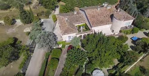 . Domaine le Bourdet