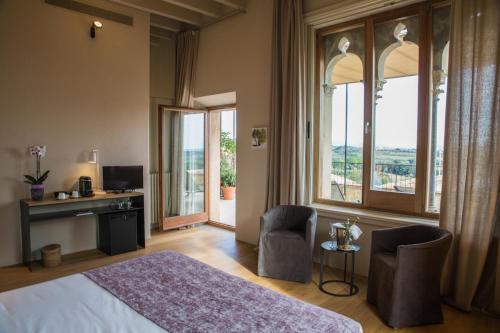 Suite with Terrace Hotel Mas Bosch 1526 6