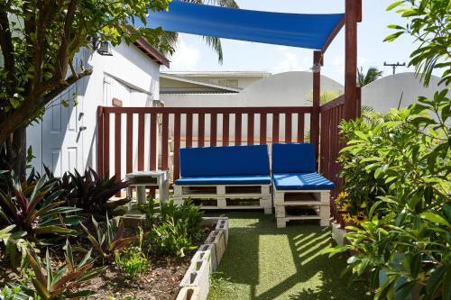 Sun & Sea Apartments,