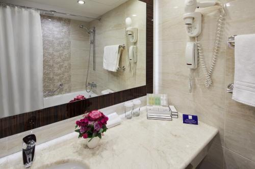 Crowne Plaza Moscow World Trade Centre, an IHG Hotel - image 4