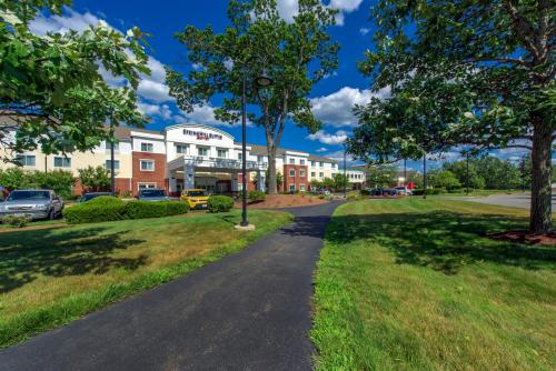 . SpringHill Suites Devens Common Center