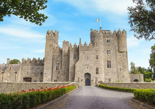 Free Sex Dating in Swords, Leinster - AdultFriendFinder