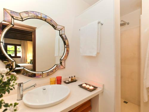 Doppelzimmer mit direktem Zugang zum Garten Hotel & Restaurant Jardi D'Artà 14