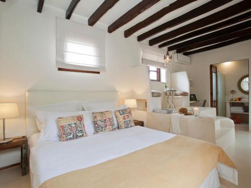 Doppelzimmer mit direktem Zugang zum Garten Hotel & Restaurant Jardi D'Artà 18