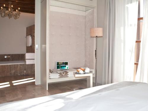 Junior Suite Hotel & Restaurant Jardi D'Artà 11