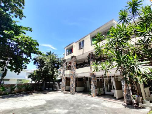 Pereybere Beach Apartments - image 3