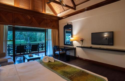 Staycation Offer - Borneo Garden Deluxe Double or Twin Room