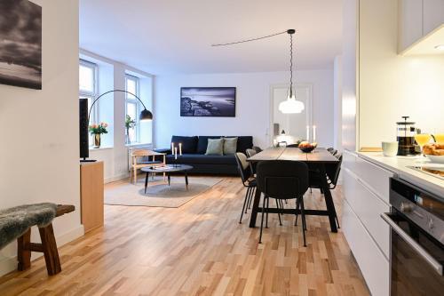 . Cozy 2-bedroom apartment in downtown Copenhagen, 350 meters to the metro station