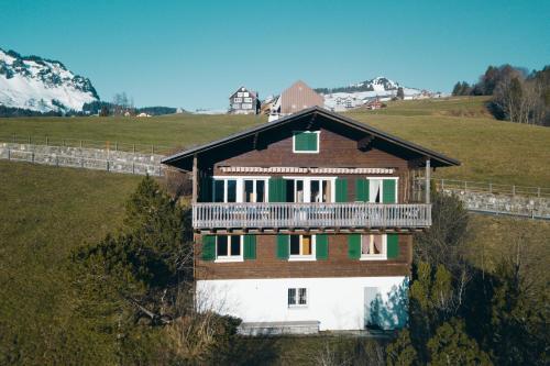 Chalet Engihalde - Hotel - Amden