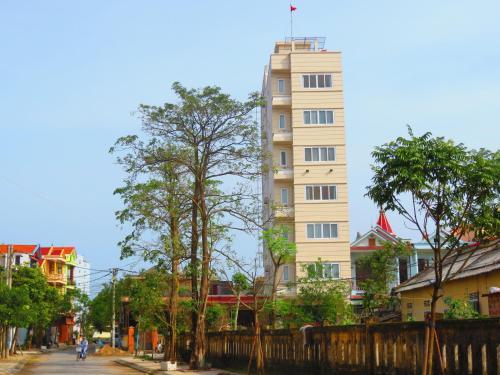 . Nam Long Plus Hotel
