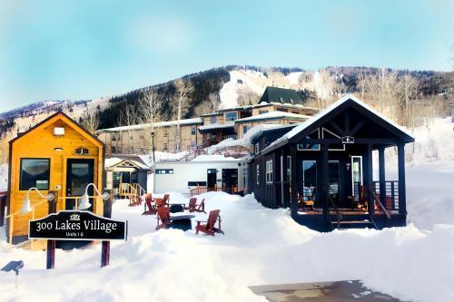 Tiny Homes at Powderhorn Mountain Resort - Accommodation - Mesa