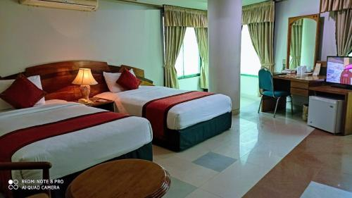 . Hotel Victory - Best in City Center