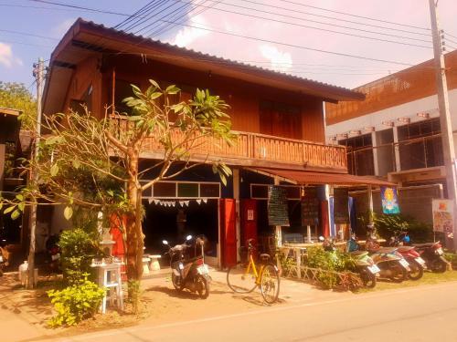 sunny hostelpai 2 Pai