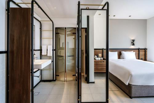 Form Hotel Dubai, A Member Of Design Hotels™ - Photo 2 of 97