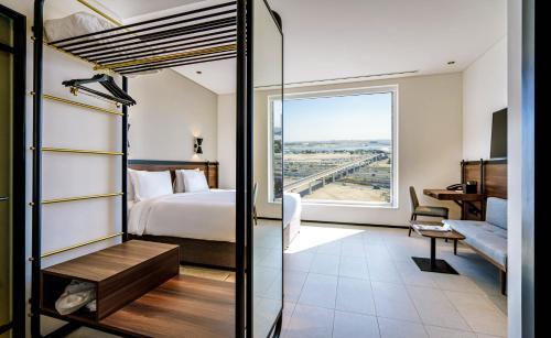 Form Hotel Dubai, A Member Of Design Hotels™ - Photo 5 of 97