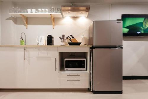 S1 Large Duplex Silom 3 Beds, Full Kitchen WIFI S1 Large Duplex Silom 3 Beds, Full Kitchen WIFI