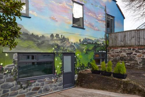 Picture of The Mural - City Centre With Parking