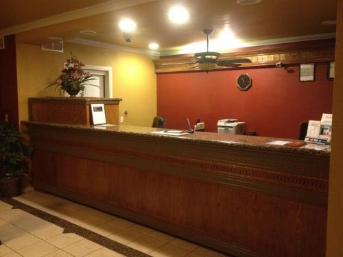 Parkside Inn Fresno - Fresno, CA 93728