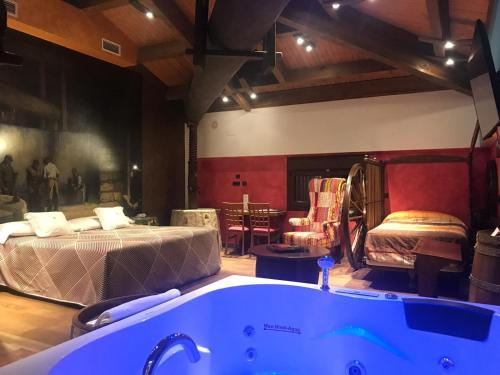 One-Bedroom Suite Hotel SPA Bodega El Lagar de Isilla 3