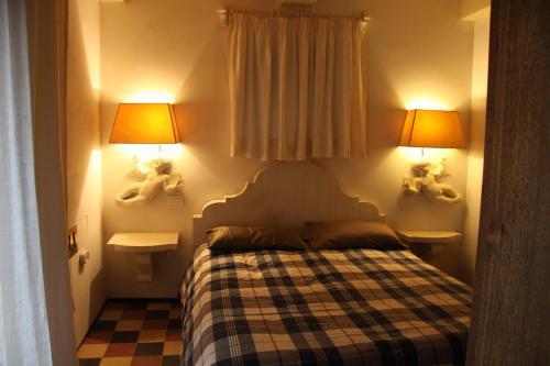 . Casa Corsica