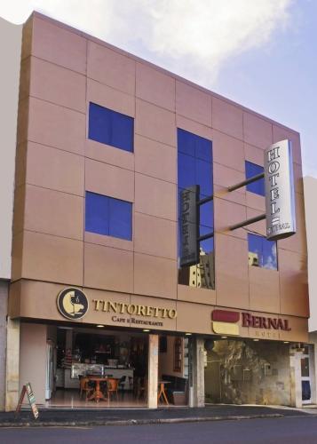 . Hotel Bernal