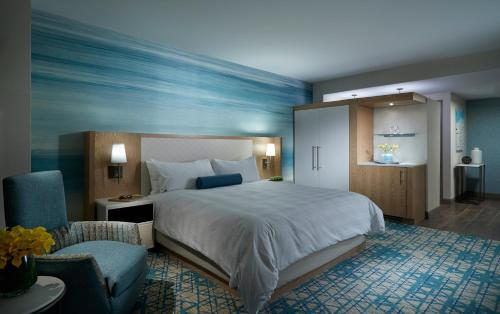 Seminole Hard Rock Hotel & Casino Hollywood - image 5