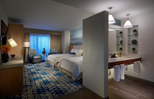 Seminole Hard Rock Hotel & Casino Hollywood - image 6