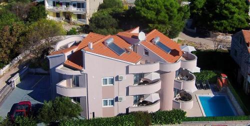 . Aquarius Apartments