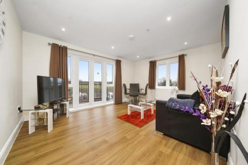 . London Heathrow Living Serviced Apartments by Ferndale