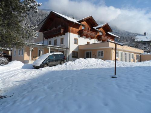 Pension Maier - Accommodation - Flattach