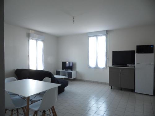 Appartement T2 avec parking privé à Doué la Fontaine - Location saisonnière - Doué-en-Anjou