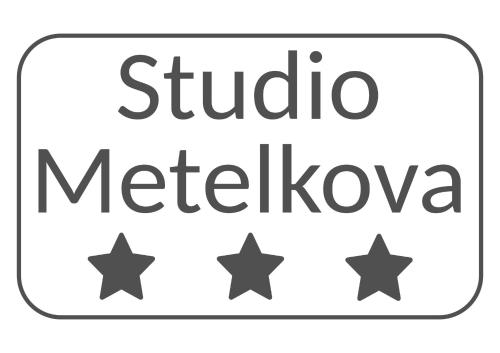 . Metelkova