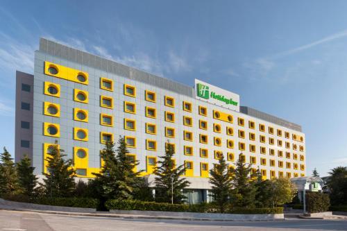 . Holiday Inn Athens Attica Av, Airport W., an IHG Hotel