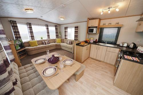 Woodberry (acorn Caravan Holidays Newquay)
