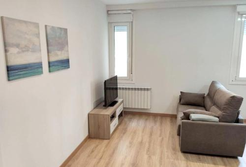 . Apartment with 2 bedrooms in Ourense with WiFi