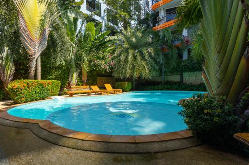 NaiHarn Pearl Condo by Holy Cow 311 NaiHarn Pearl Condo by Holy Cow 311
