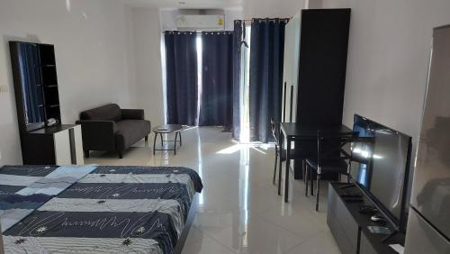 Diamond Suite Luxury Condominium South Pattaya Diamond Suite Luxury Condominium South Pattaya