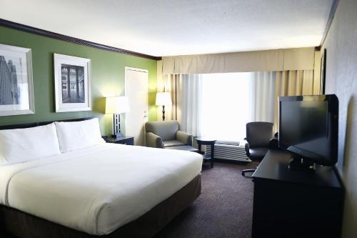 Holiday Inn Chicago/Oak Brook - Oakbrook Terrace, IL IL 60181
