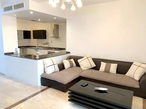 . Apartment with 2 bedrooms in Cheraga with shared pool terrace and WiFi