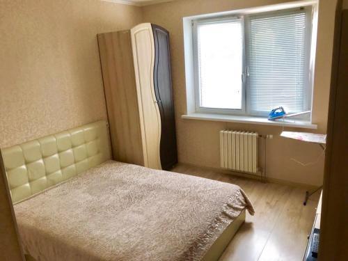 . Apartment on Malinina 47