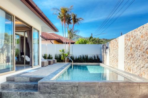 Stylish brand new 3 bed pool villa nearby Bangtao beach Stylish brand new 3 bed pool villa nearby Bangtao beach